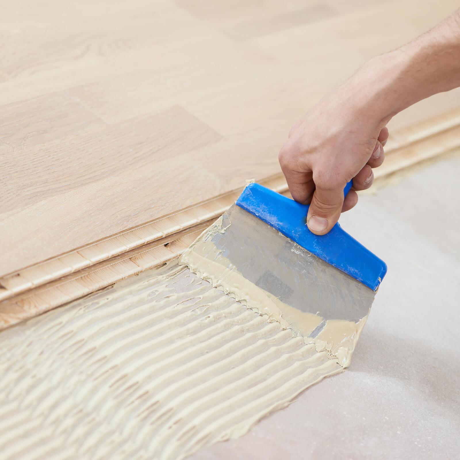 Hardwood Flooring Installation | Dolphin Carpet & Tile