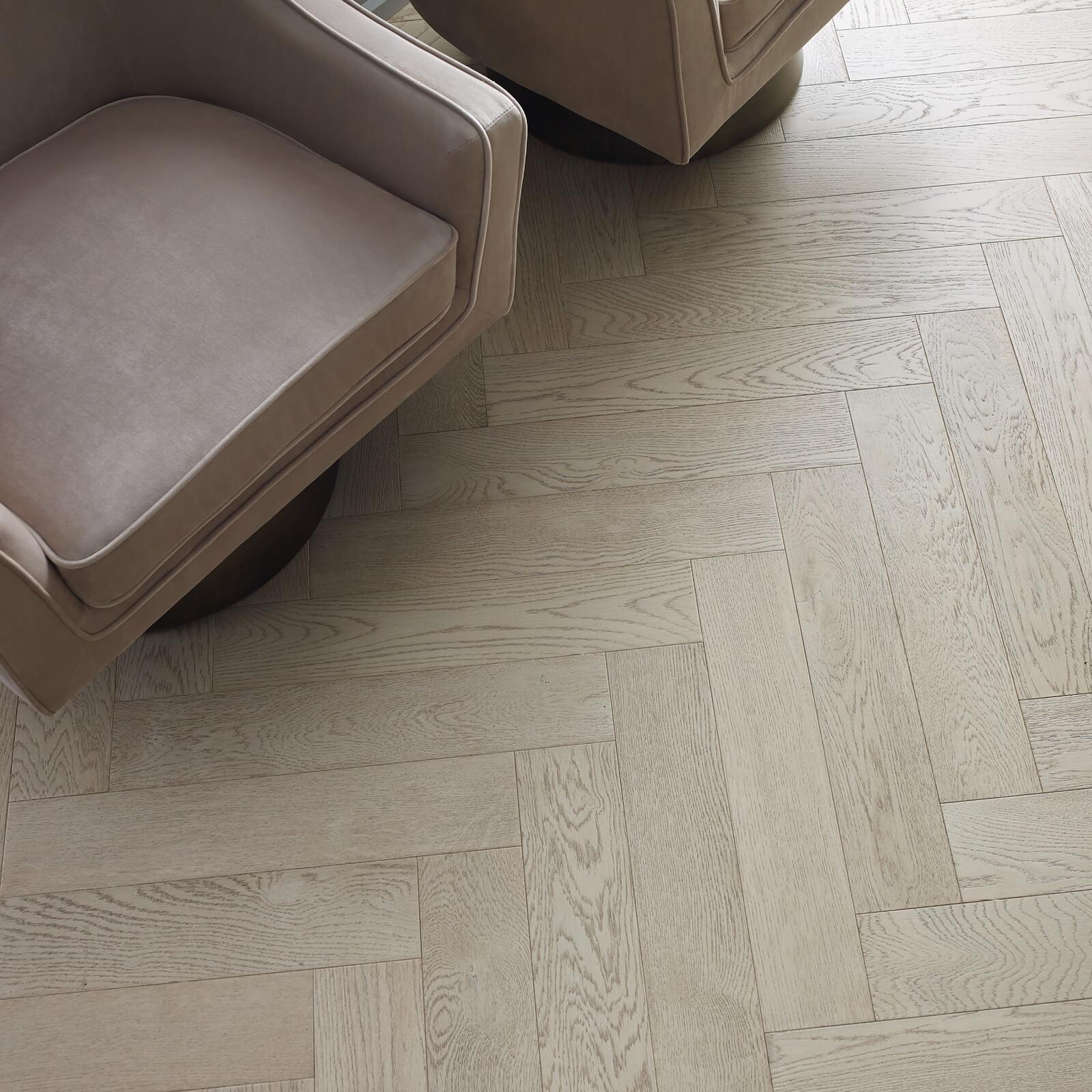 Fifth Avenue Oak flooring | Dolphin Carpet & Tile