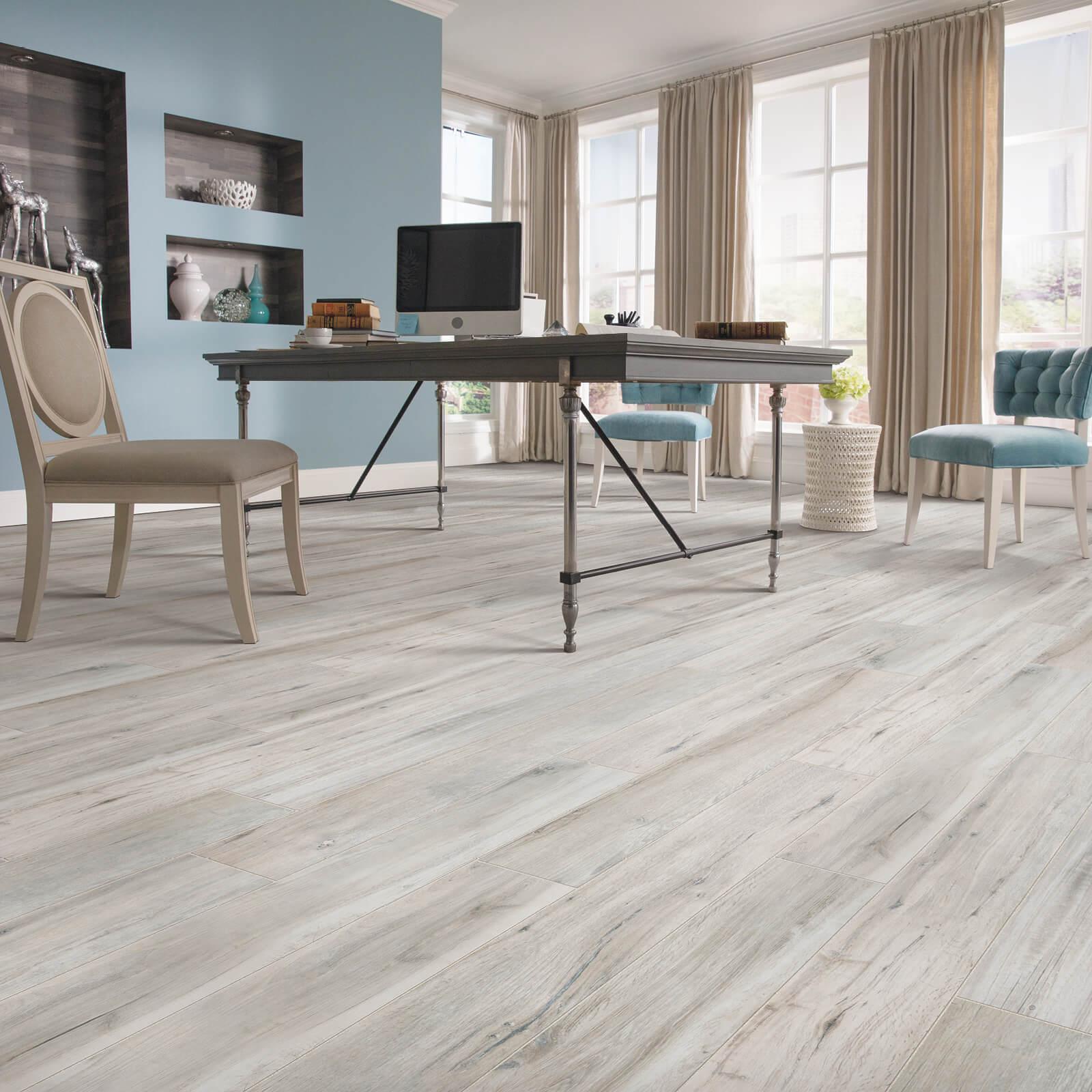 Magnolia Bend Chesapeake Grey flooring | Dolphin Carpet & Tile
