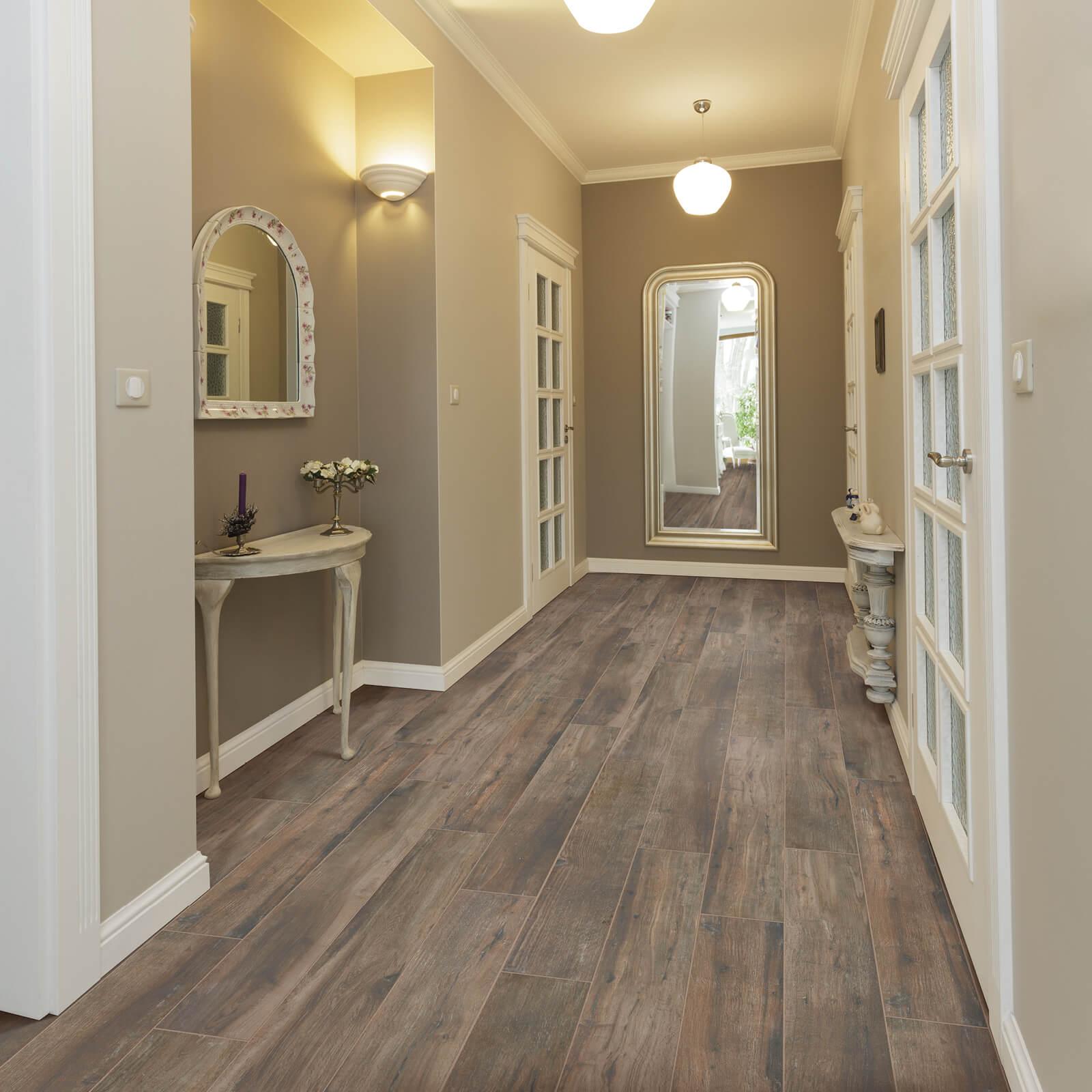 Magnolia Bend Ozark Brown flooring | Dolphin Carpet & Tile