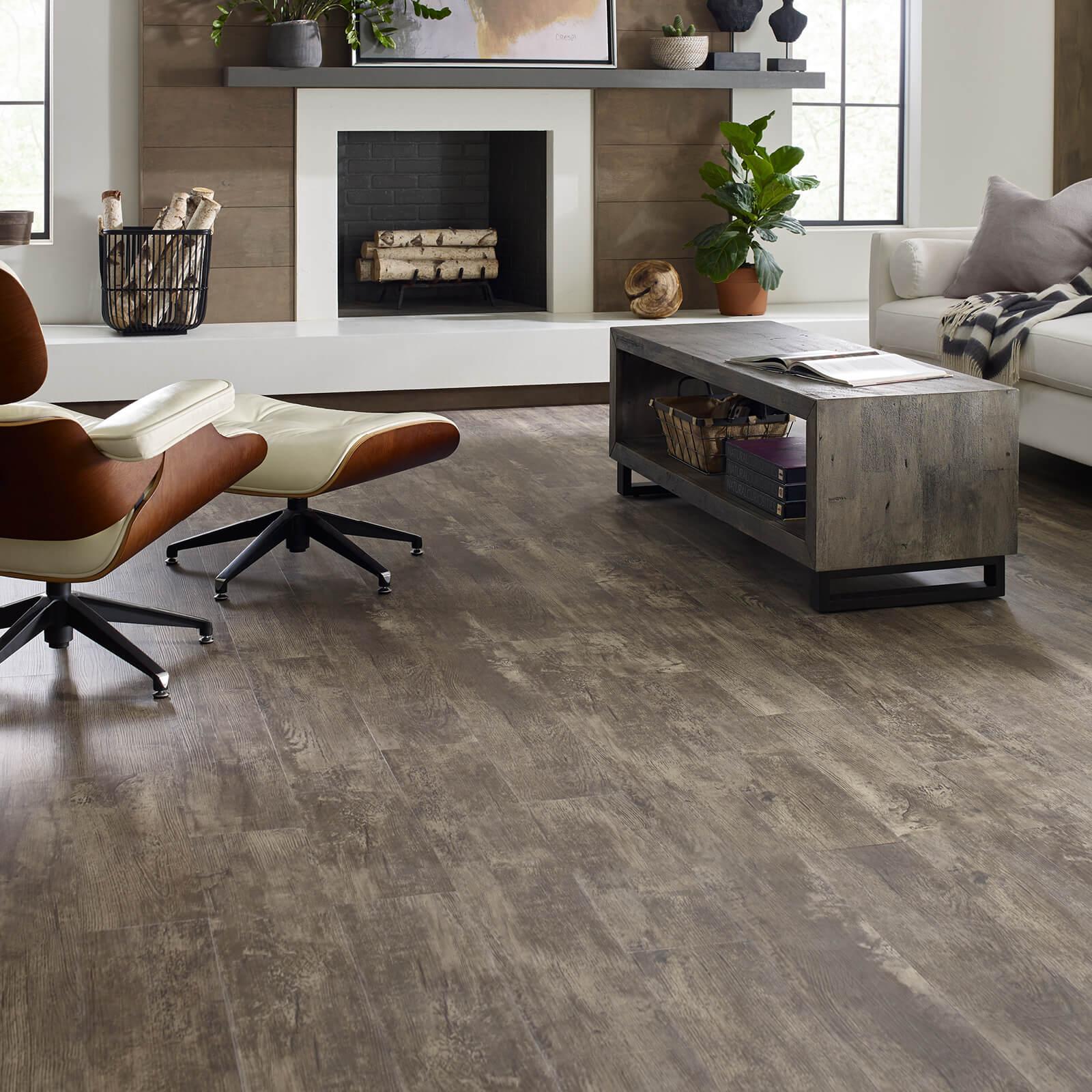 Paramount vinyl flooring | Dolphin Carpet & Tile