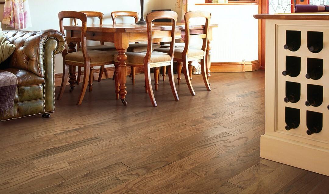 oak-hardwood-flooring   Dolphin Carpet & Tile
