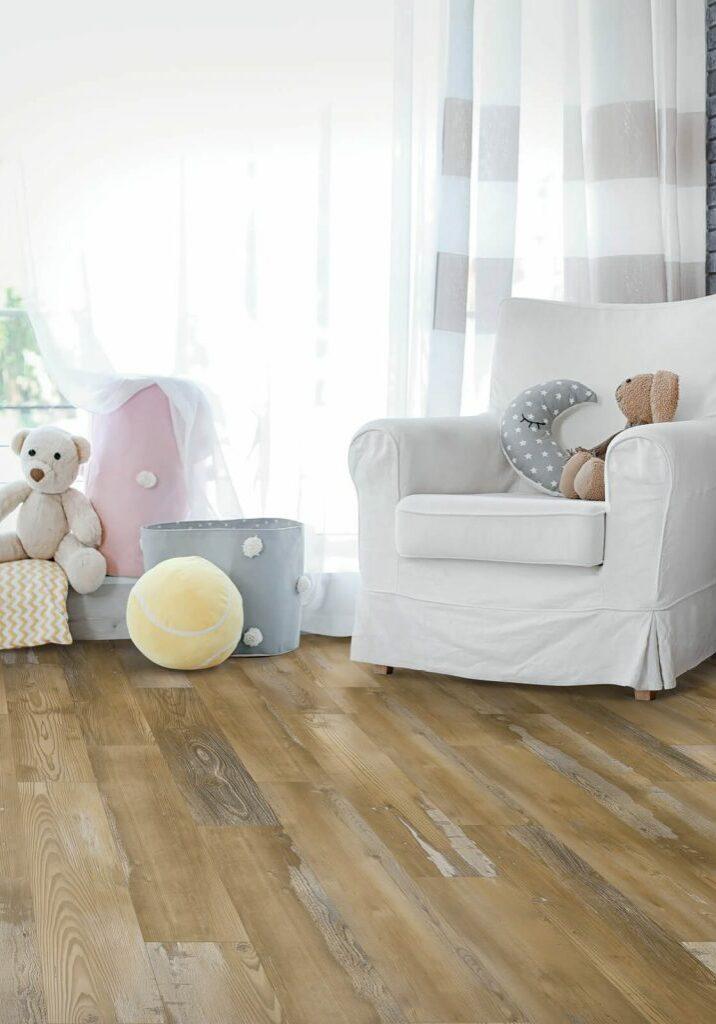 Oak flooring | Dolphin Carpet & Tile