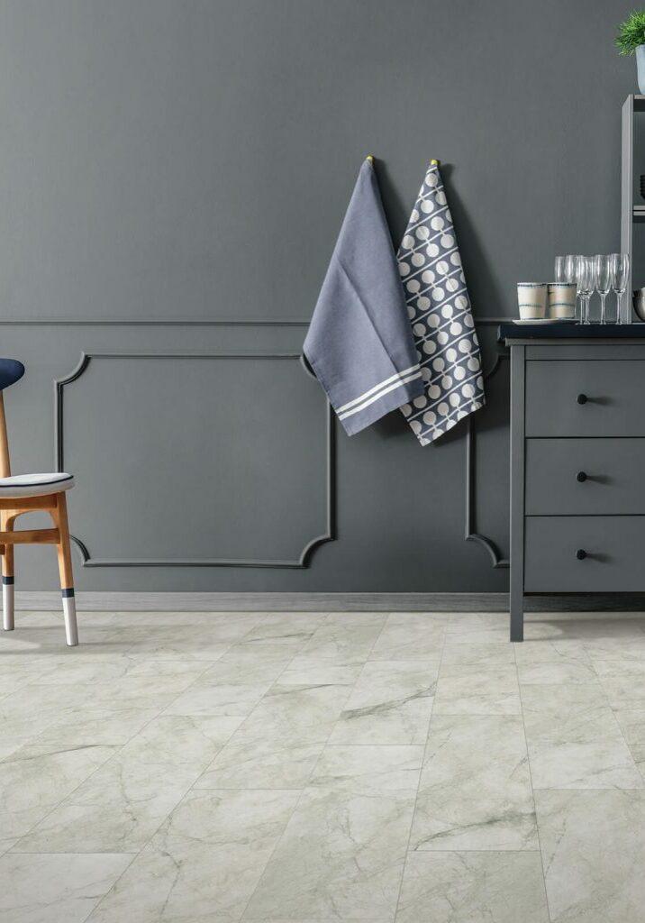 Laminate Flooring | Dolphin Carpet & Tile